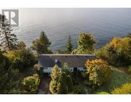 8233 West Coast Rd-Property-23703832-Photo-14.jpg