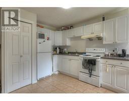 1931 San Juan Ave-Property-23709602-Photo-8.jpg