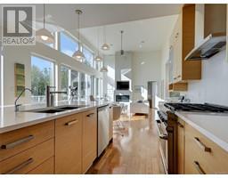 3951 Trailhead Dr-Property-23720609-Photo-12.jpg